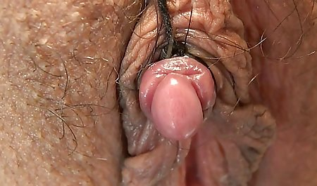 Bung video bokep tante hot melepas kamera dan mencakar vagina istrinya