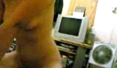 Jalang gemuk menyeimbangkan ujung download aplikasi film bokep penis